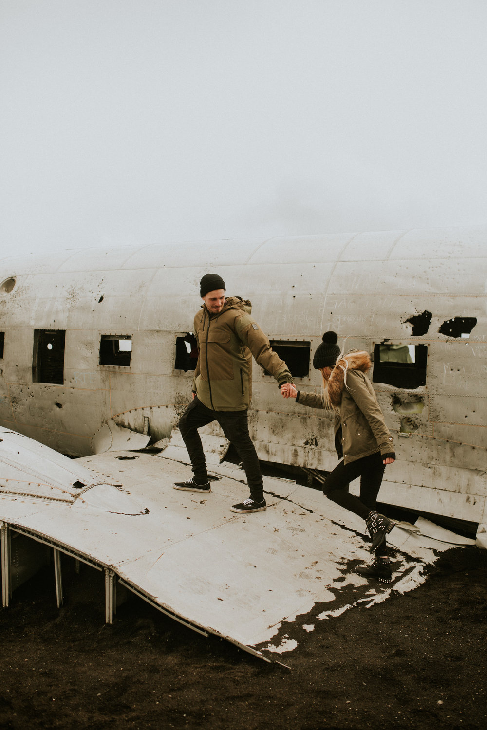iceland plane crash engagement photographer Breeanna lasher