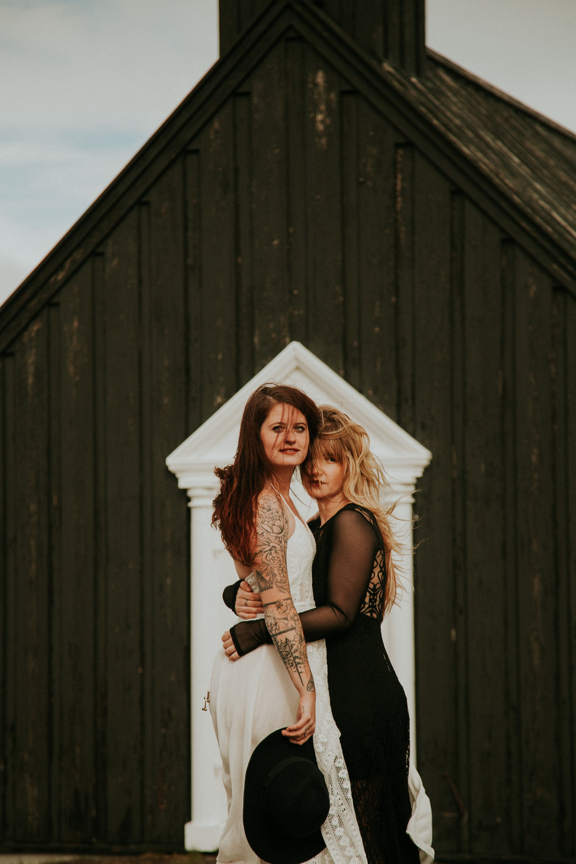 iceland lesbian couples photography