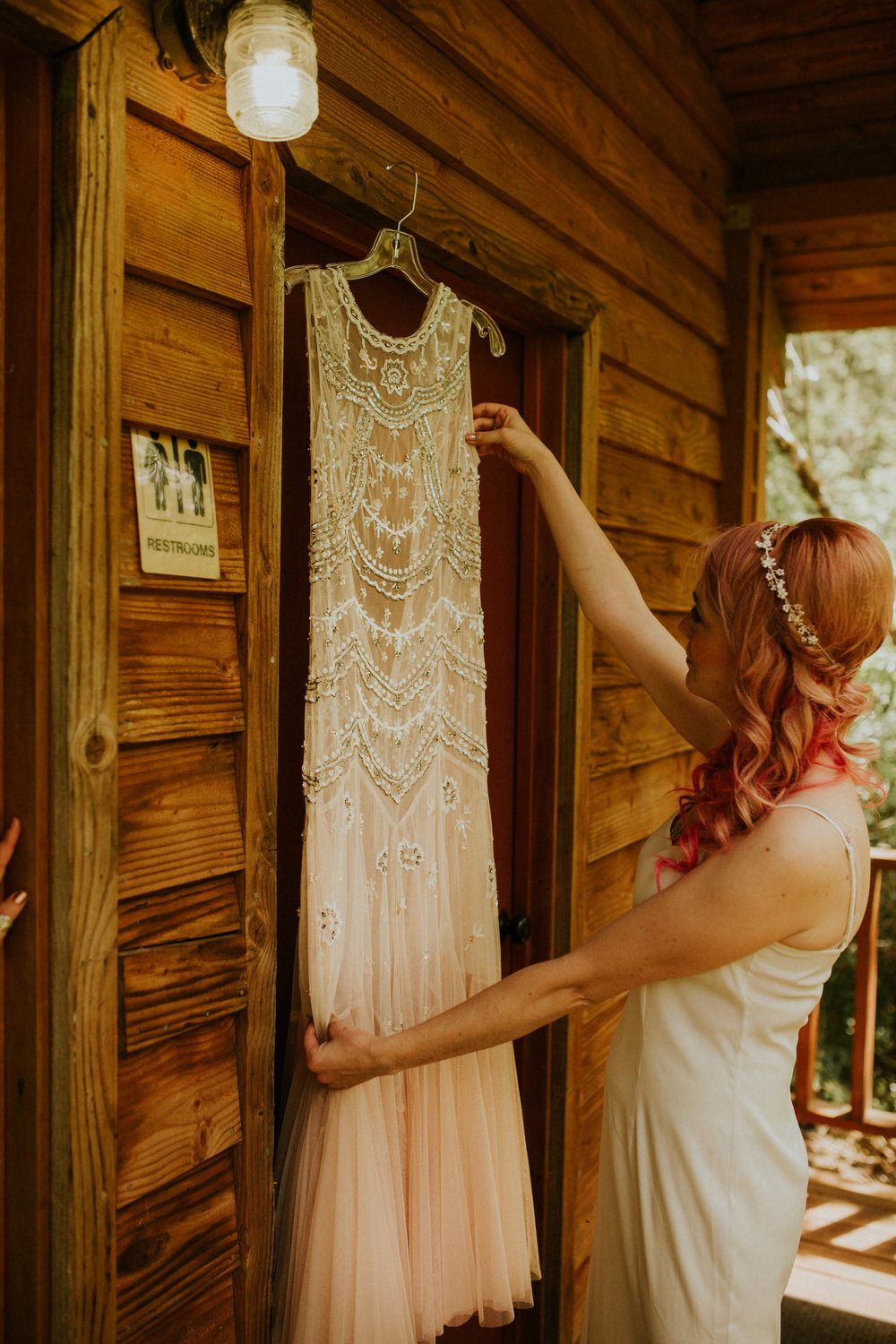 pnw forest elopement by breeanna lasher photography