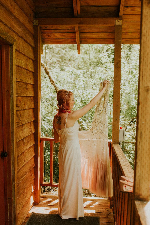 pnw elopement photographer breeanna lasher