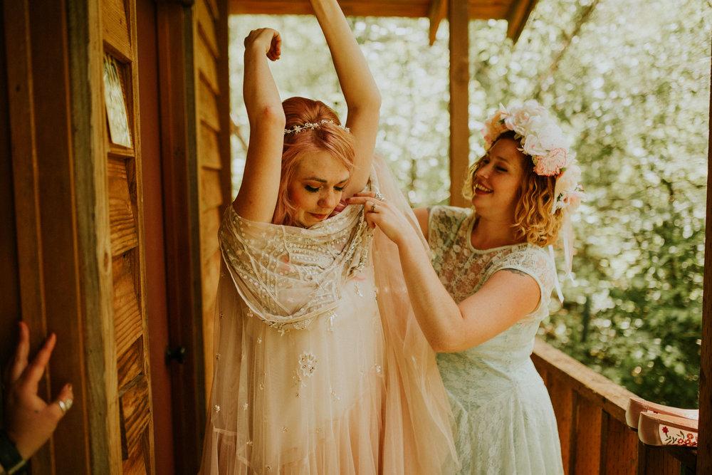 pnw elopement photographer itimate wedding fairy