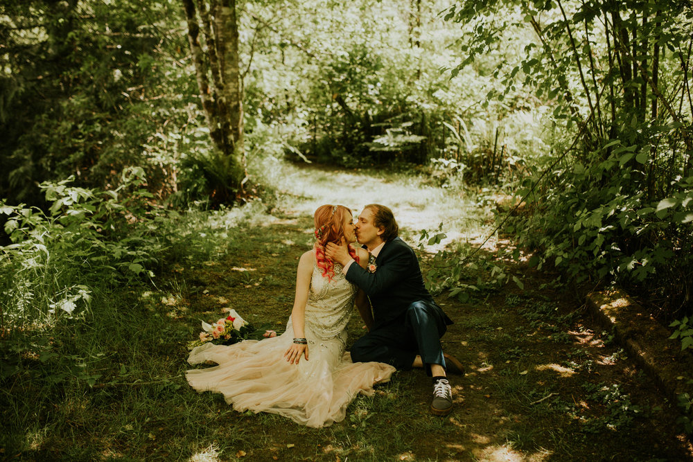 cedar springs wedding photographer elopement in the woods