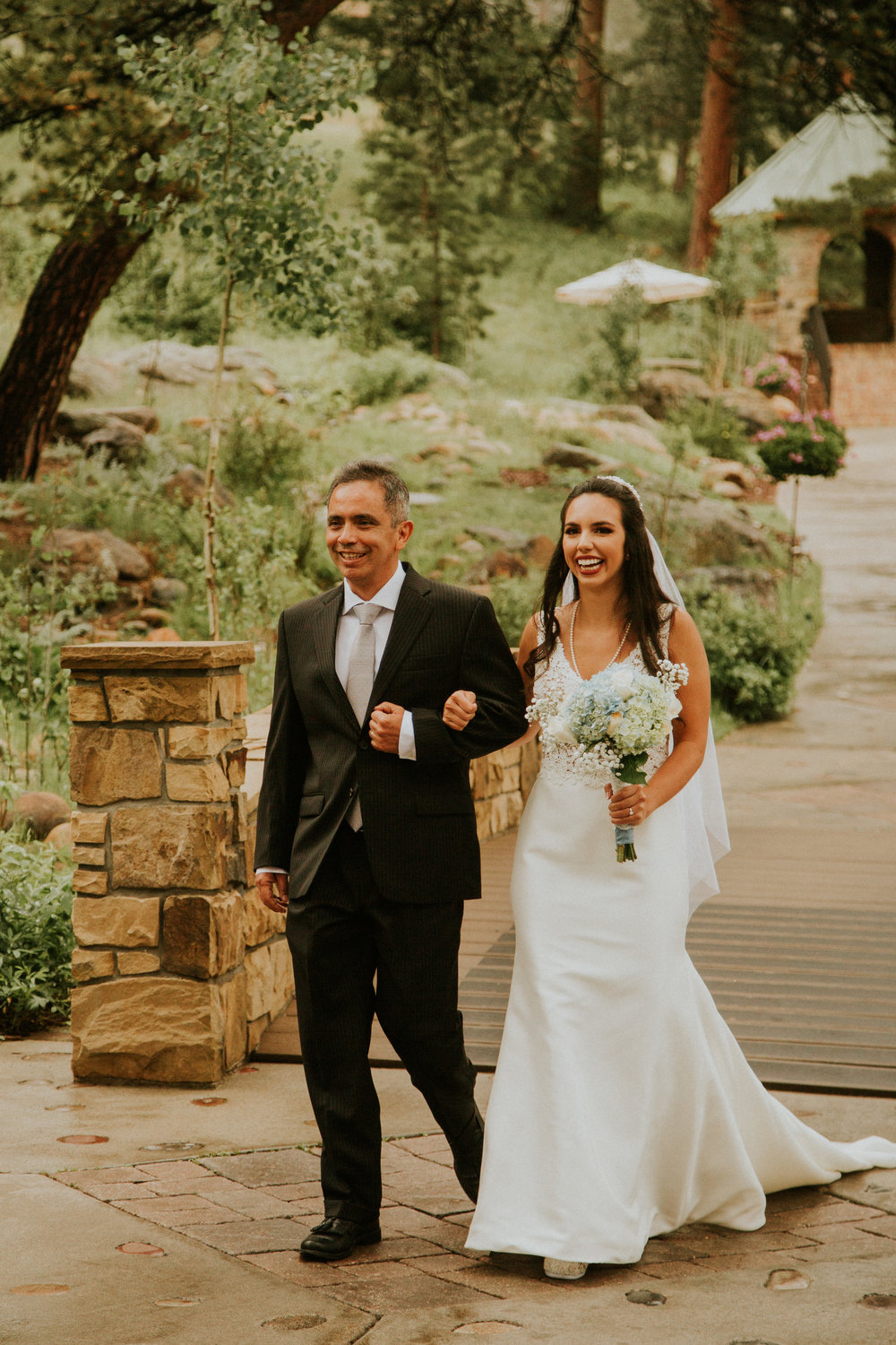 estes park della terra wedding photography eleveneleven films