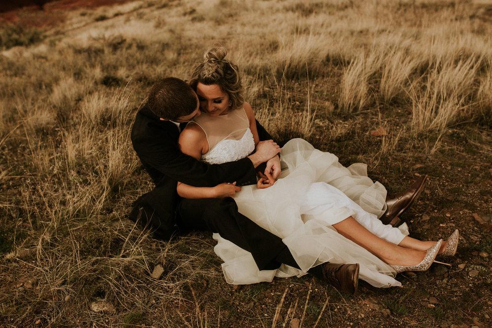 Painted-hills-elopement-photographer-138.jpg