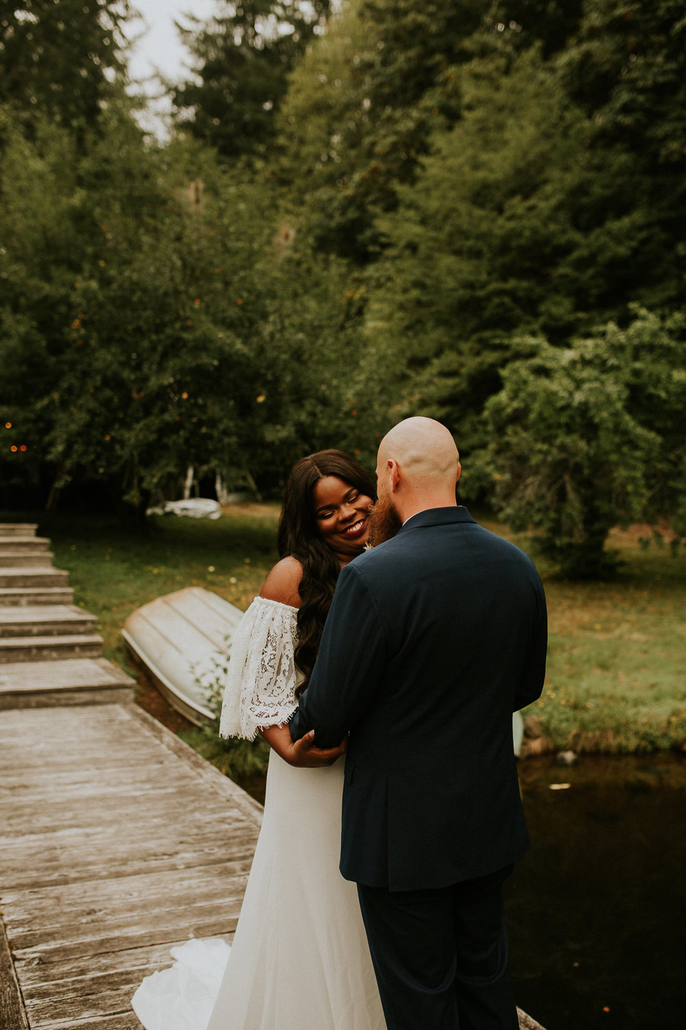 Lakeside-elopement-teasers-10.jpg