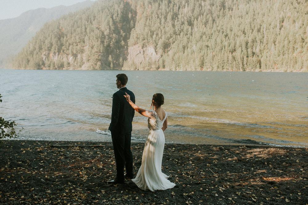 Cresent-lake-elopement-BreeAnna-Lasher-12.jpg