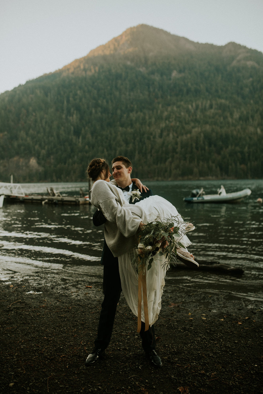 Cresent-lake-elopement-BreeAnna-Lasher-46.jpg
