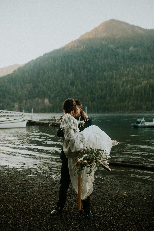 Cresent-lake-elopement-BreeAnna-Lasher-47.jpg