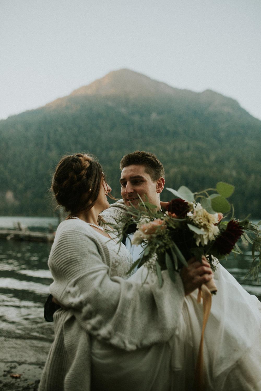 Cresent-lake-elopement-BreeAnna-Lasher-50.jpg