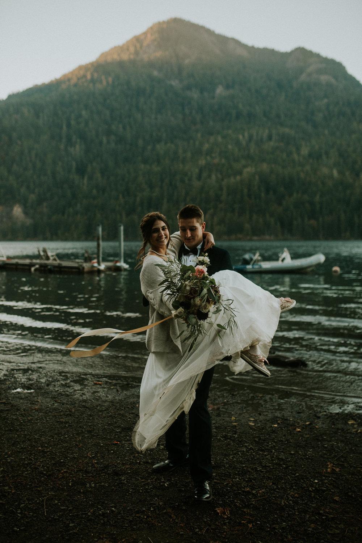 Cresent-lake-elopement-BreeAnna-Lasher-49.jpg