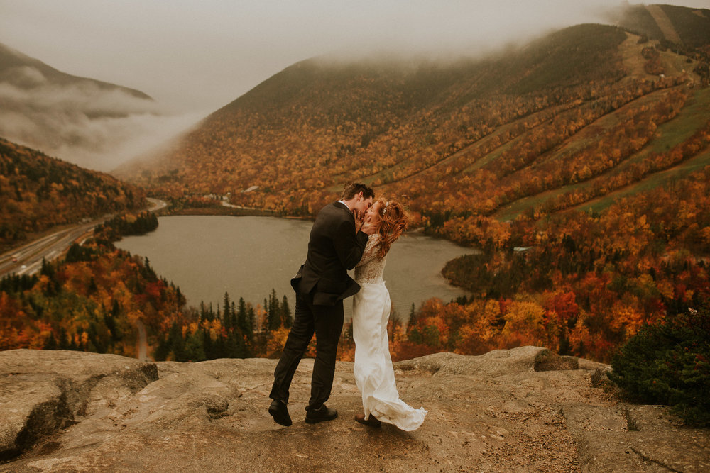 Artists-bluff-elopement-new-hampshire-breeanna-lasher-1.jpg