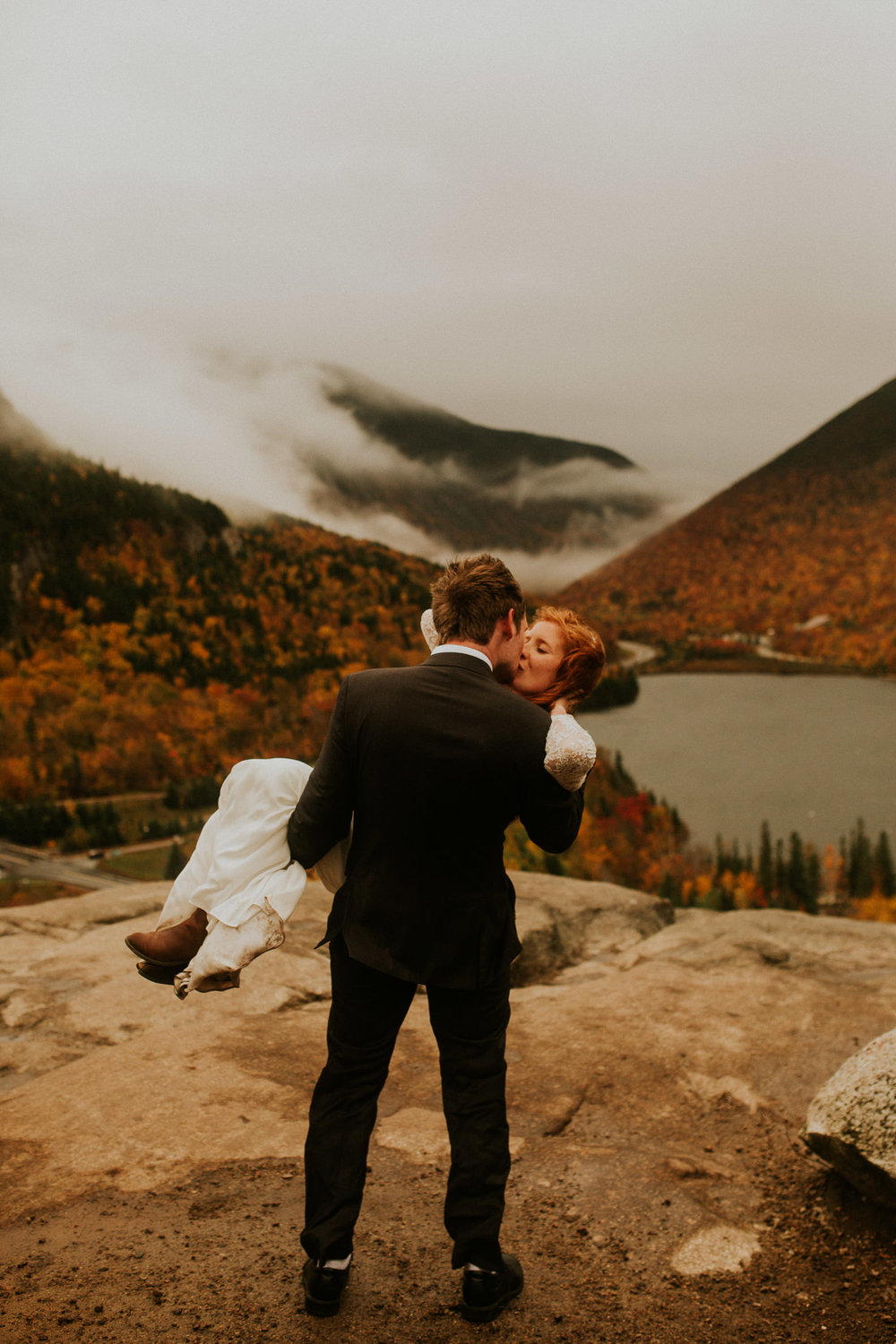 Artists-bluff-elopement-new-hampshire-breeanna-lasher-5.jpg