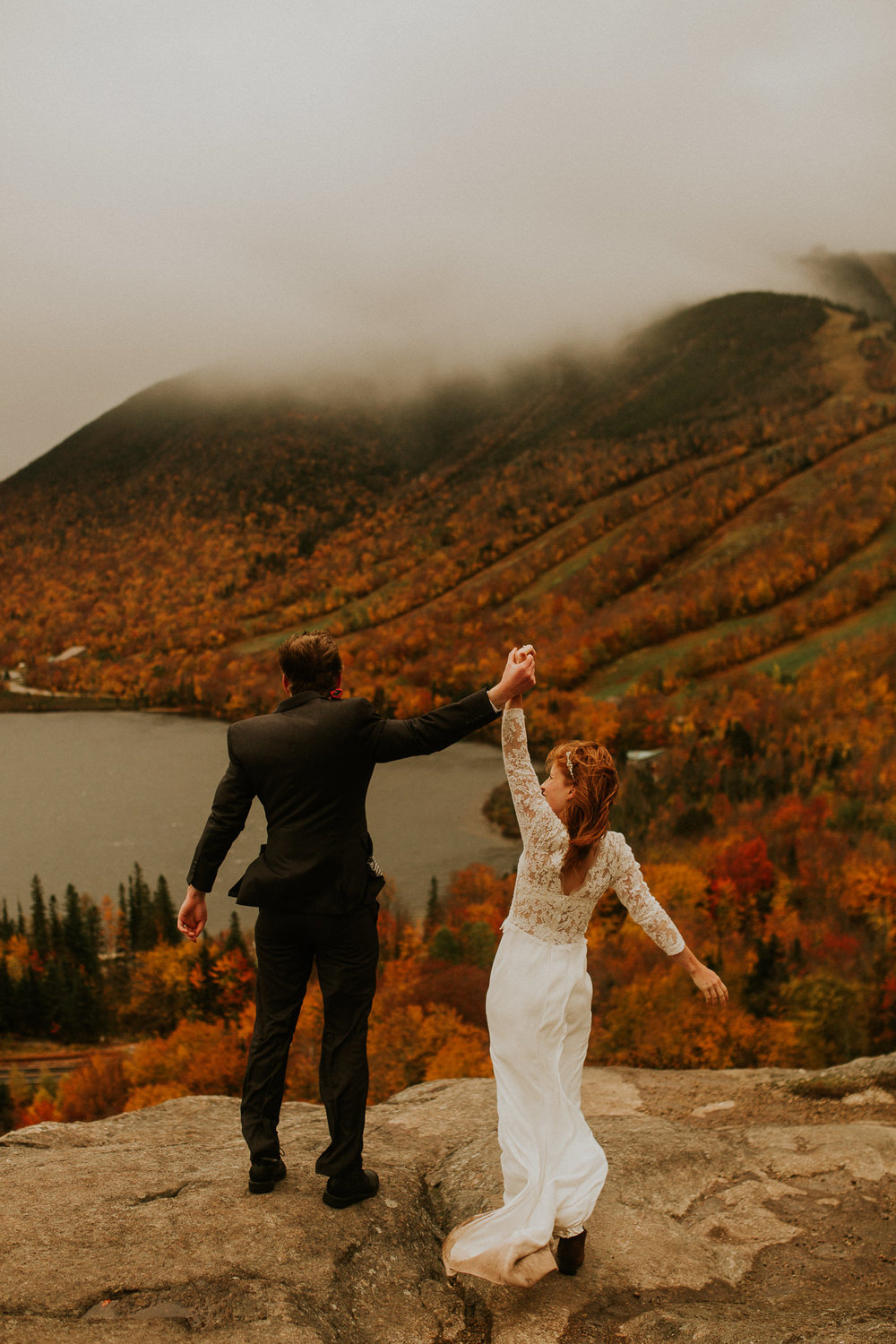 Artists-bluff-elopement-new-hampshire-breeanna-lasher-9.jpg