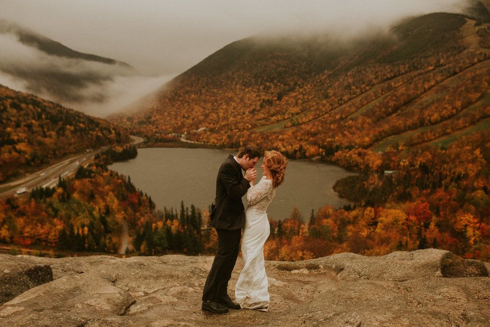New hampshire elopement in Autumn