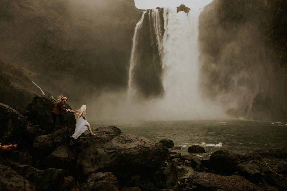 seattle elopement photographers tiger mountain