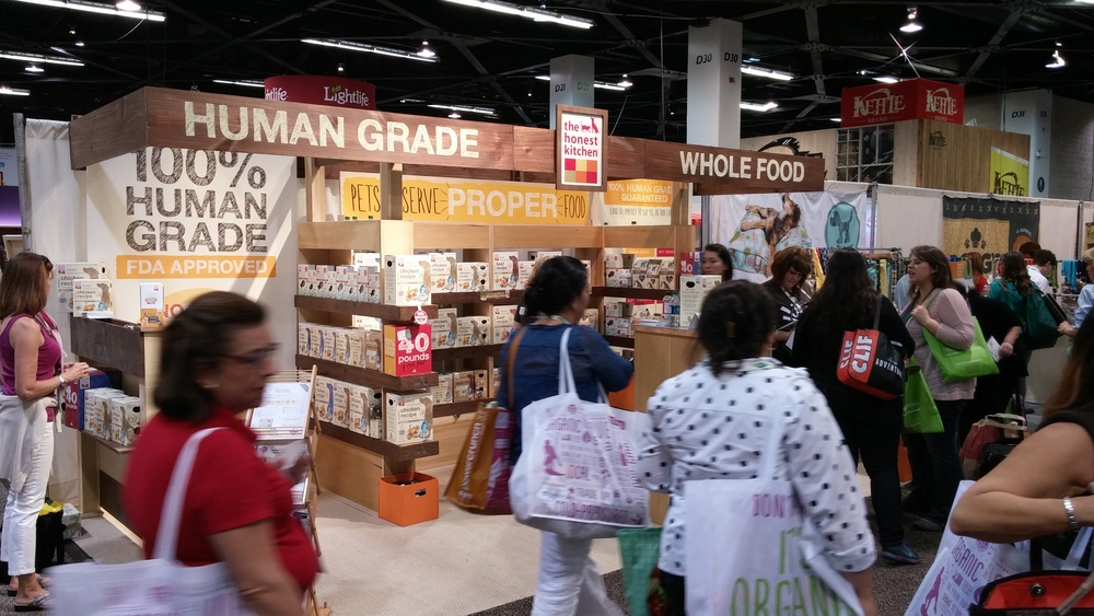 Human Grade Pet Food exhibit by The Honest Kitchen, featuring dog and cat foot produced in the USA from non-GMO produce, hormone-free meats and some organic, carefully sourced fair trade ingredients. Photo Courtesy of Jan Pajerski
