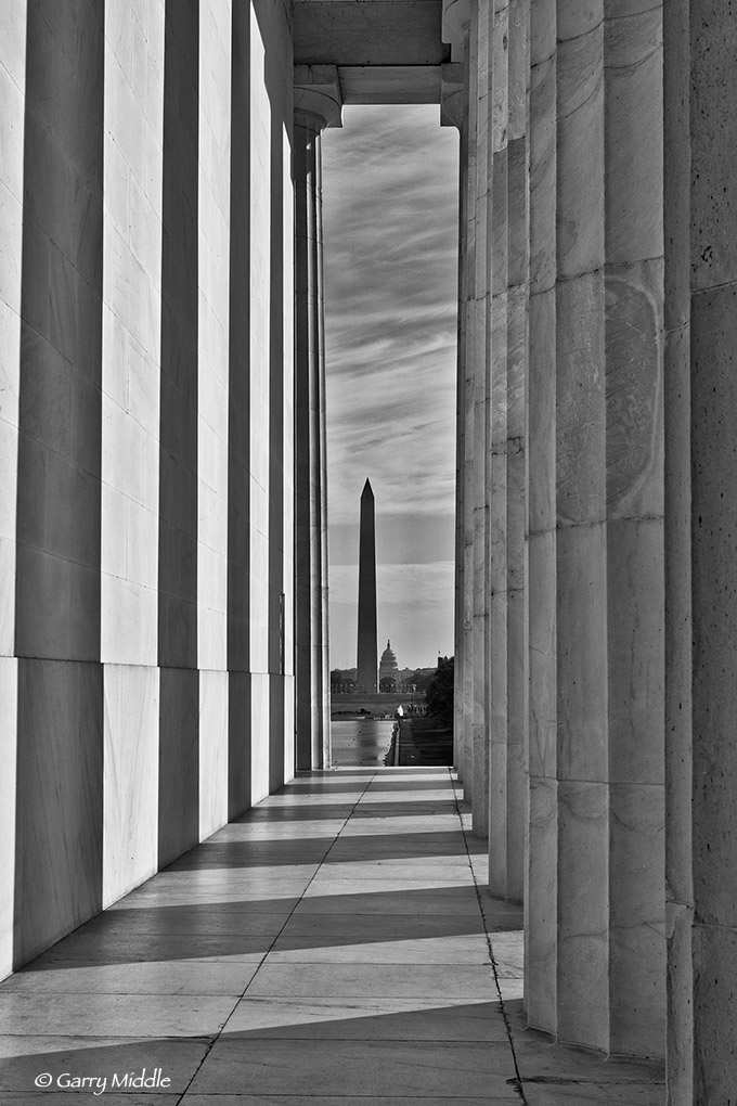 Lincoln pillar view B&W.jpg