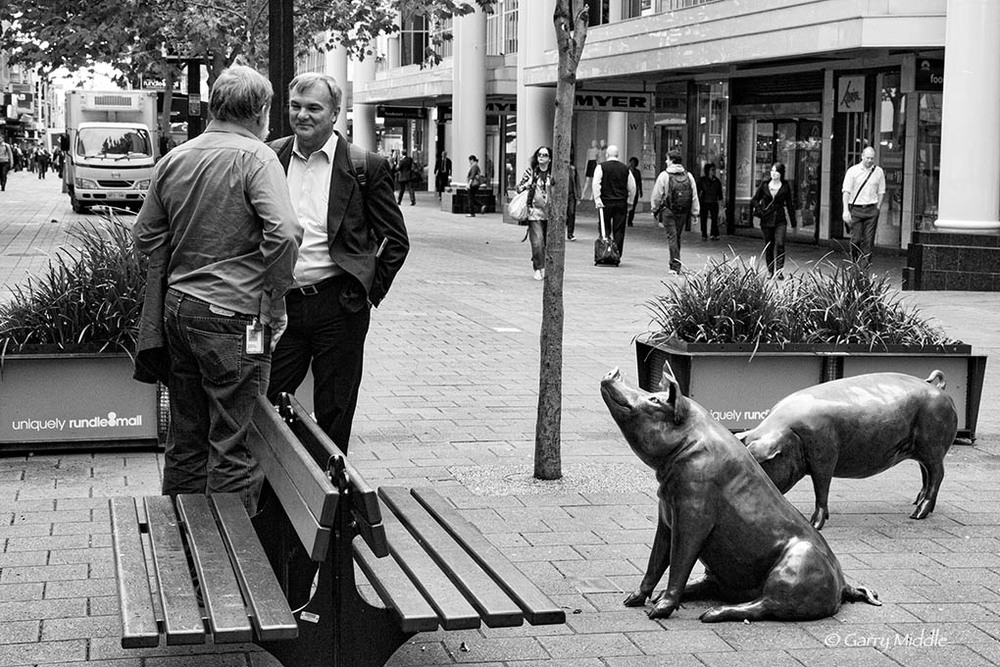 Rundle mall 2 men and pig art.jpg