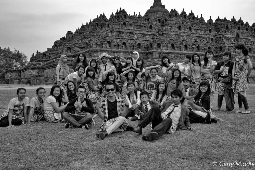 High school kids Borobudur Indonesia.jpg