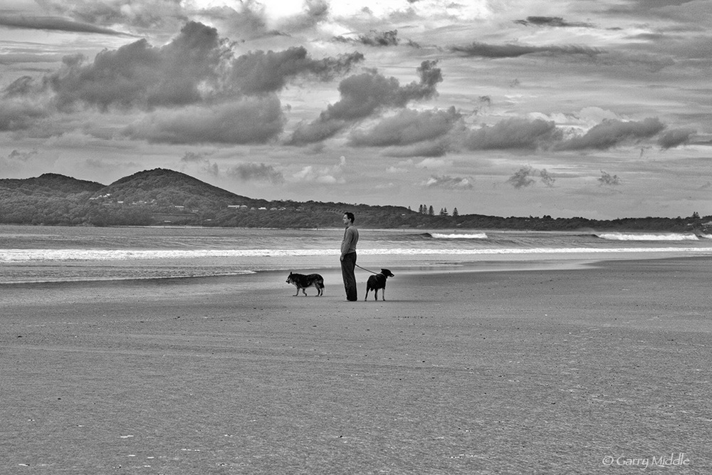 Walking the dog Byron Bay.jpg