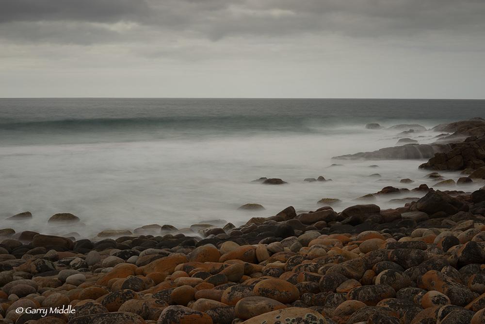 Leuwin_nat rocks stormy_2.jpg