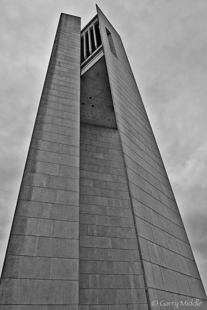 Canberra Bell tower.jpg