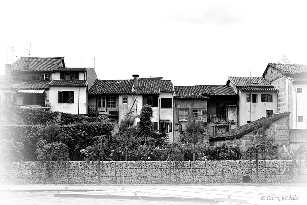 Guimarães shacks high contrast.jpg