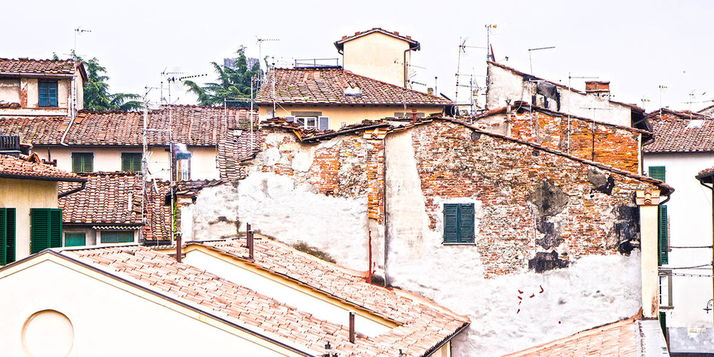 Lucca old buildings.jpg