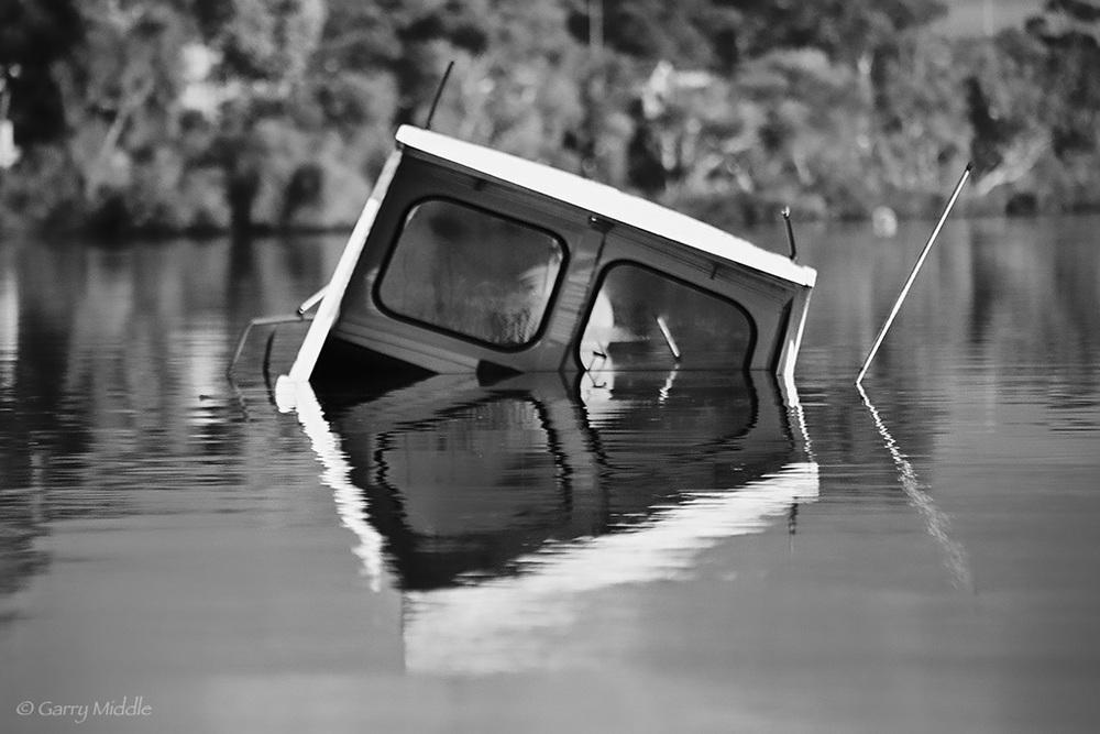 sunk boat swan.jpg
