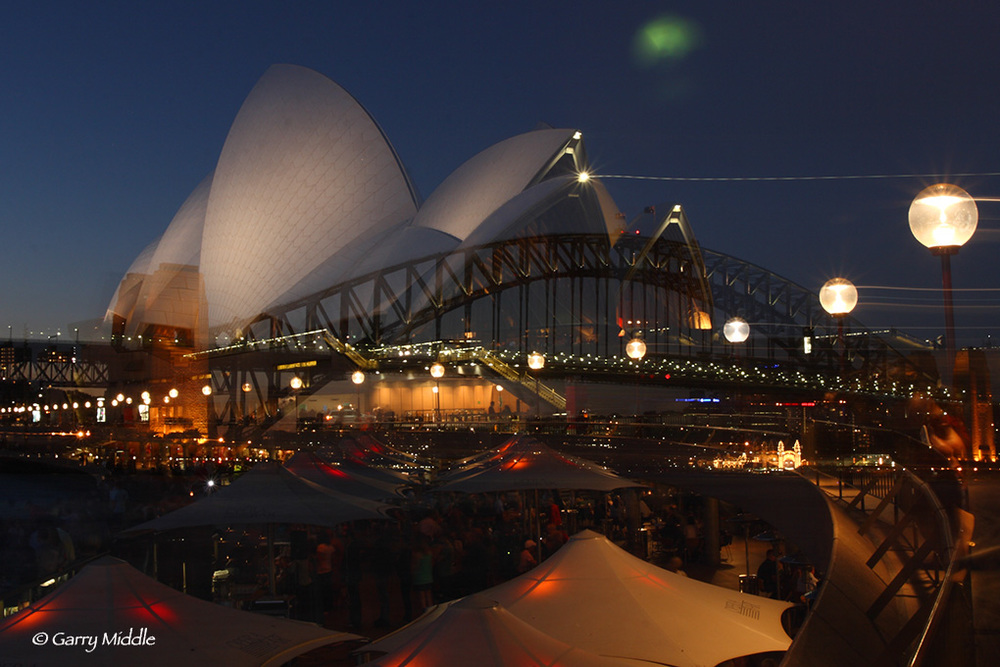 Sydney Harbour BridgeOperaHouseNight.jpg