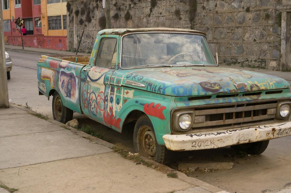 Valparaíso Art 26 truck.jpg