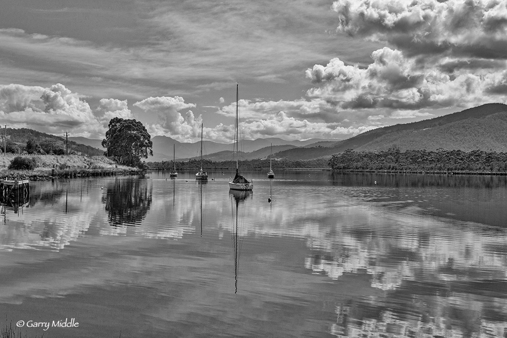 Gallery_1_small_Huon valley boats 2 B&W.jpg