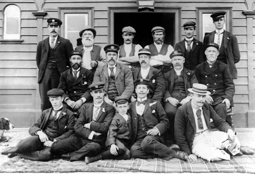 These men, photographed at the Kingston railway station for their Christmas card in 1900.