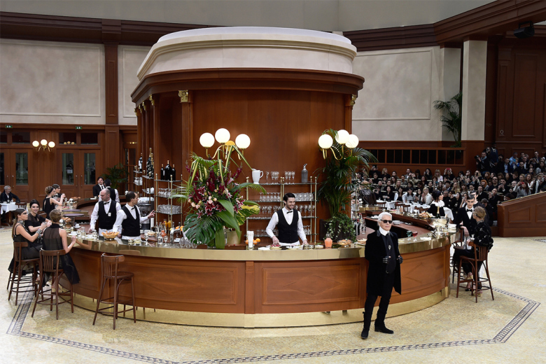 karl-lagerfeld-transforms-the-grand-palais-into-a-parisian-brasserie-for-chanels-2015-fall-winter-runway-show-1.jpg