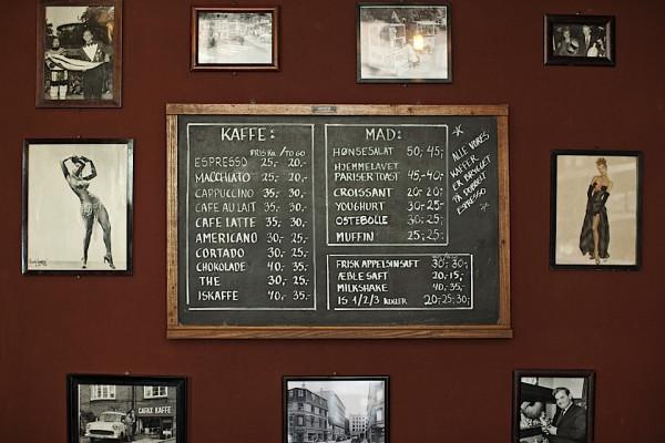 hotel central cafe bar