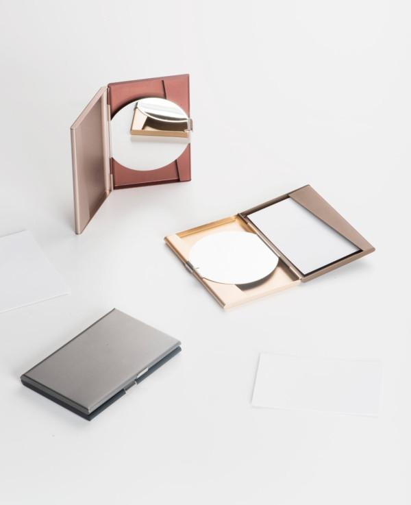 Fine-Collection-Pauline-Deltour-Lexon-13-cardholder-600x737.jpg