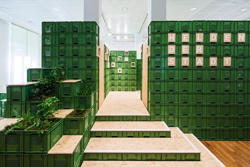 yalla-yalla-exhibition-helden-der-stadt-germany-designboom-01-818x545.jpg