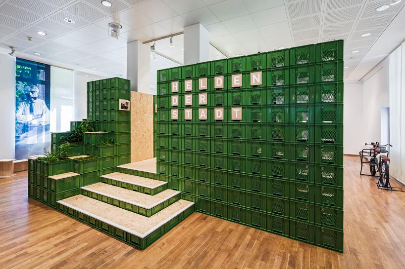 yalla-yalla-exhibition-helden-der-stadt-germany-designboom-03.jpg