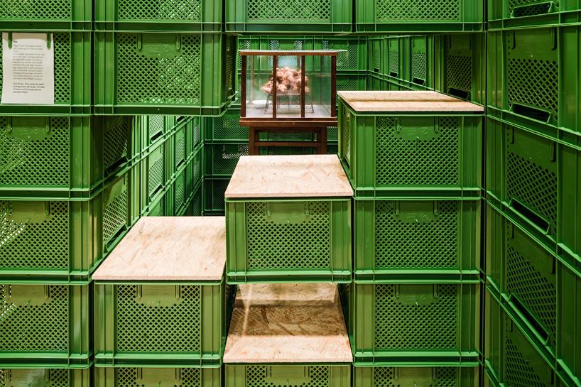 yalla-yalla-exhibition-helden-der-stadt-germany-designboom-07.jpg
