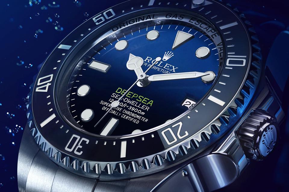rolex-deepsea-d-blue-dial-02-960x640.jpg