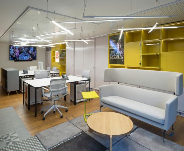 Prointel-Offices-AGi-architects-7-600x491.jpg