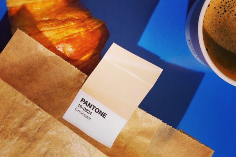 pantone-opens-pop-up-cafe-with-color-coordinated-snacks-4.jpg