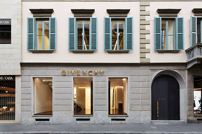 givenchy-opens-its-milan-flagship-store-1.jpg