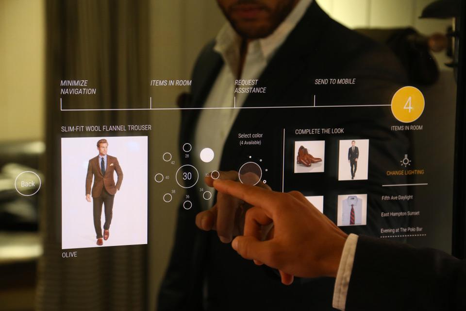 Ralph Lauren´s new interactive fitting rooms