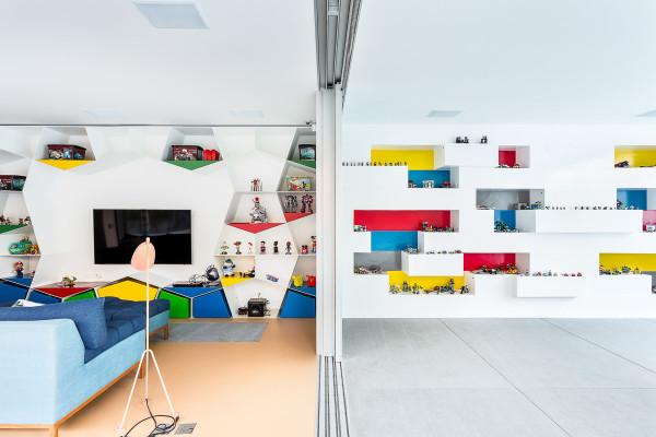 Toy-House-MM01-Pascali-Semerdjian-11-600x400.jpg