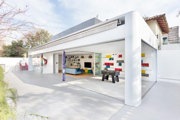 Toy-House-MM01-Pascali-Semerdjian-15-600x400.jpg