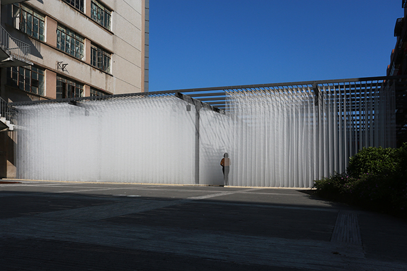 deve-build-architecture-the-fading-past-glass-fiber-net-installation-shenzhen-designboom-012.jpg