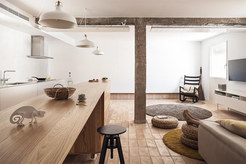Vernacular penthouse in valencia by el fabricante de espheras-Thatsitmag3.jpg