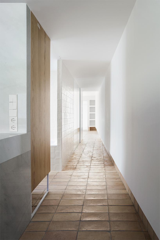 Vernacular penthouse in valencia by el fabricante de espheras-Thatsitmag5.jpg