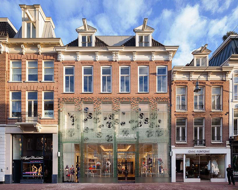 MVRDV-crystal-houses-amsterdam-chanel-flagship-store-glass-facade-thatsitmag-01.jpg